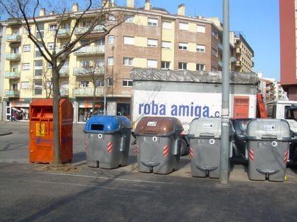 Contenidor Roba Amiga a Girona