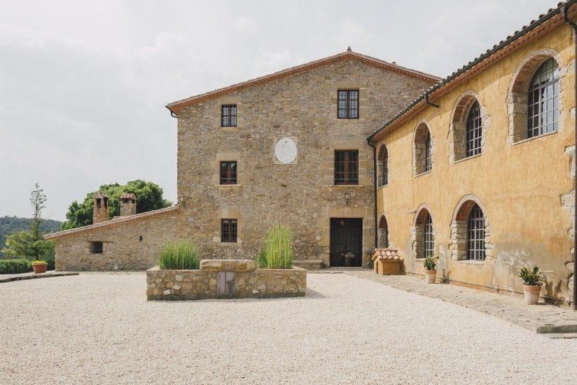 Casa rural el munt en castellter ol barcelona - Casas rurales bcn ...