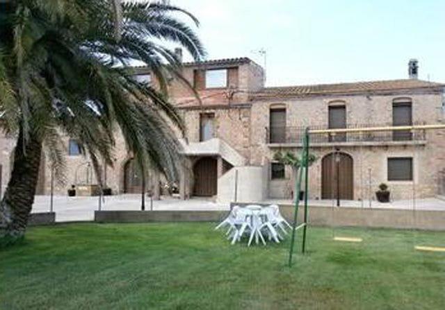 Casa rural mas can nadal en albons girona gerona - Casa rural mas rosello ...
