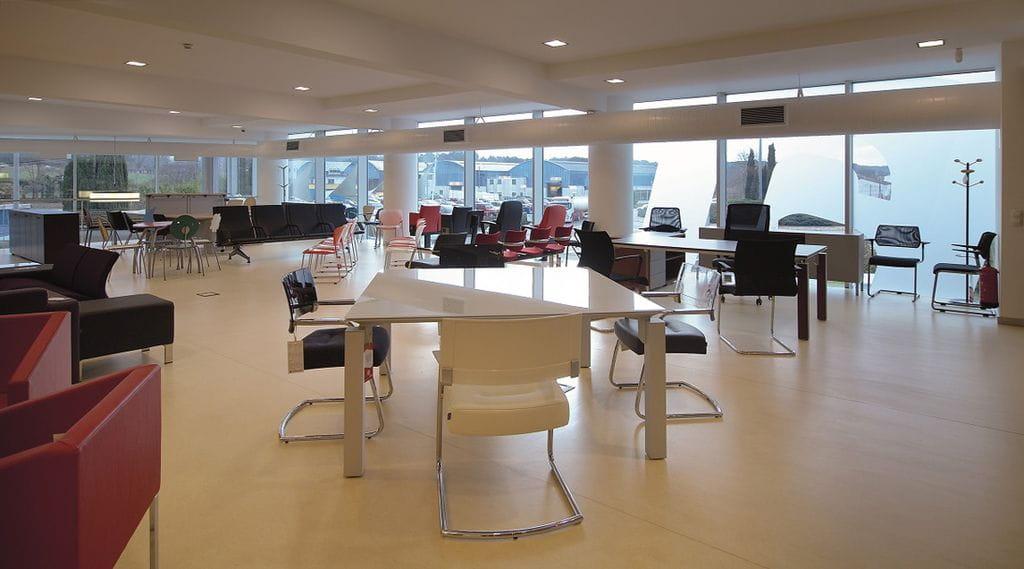 Instal lacions oficina i arxiu for Oficina i arxiu