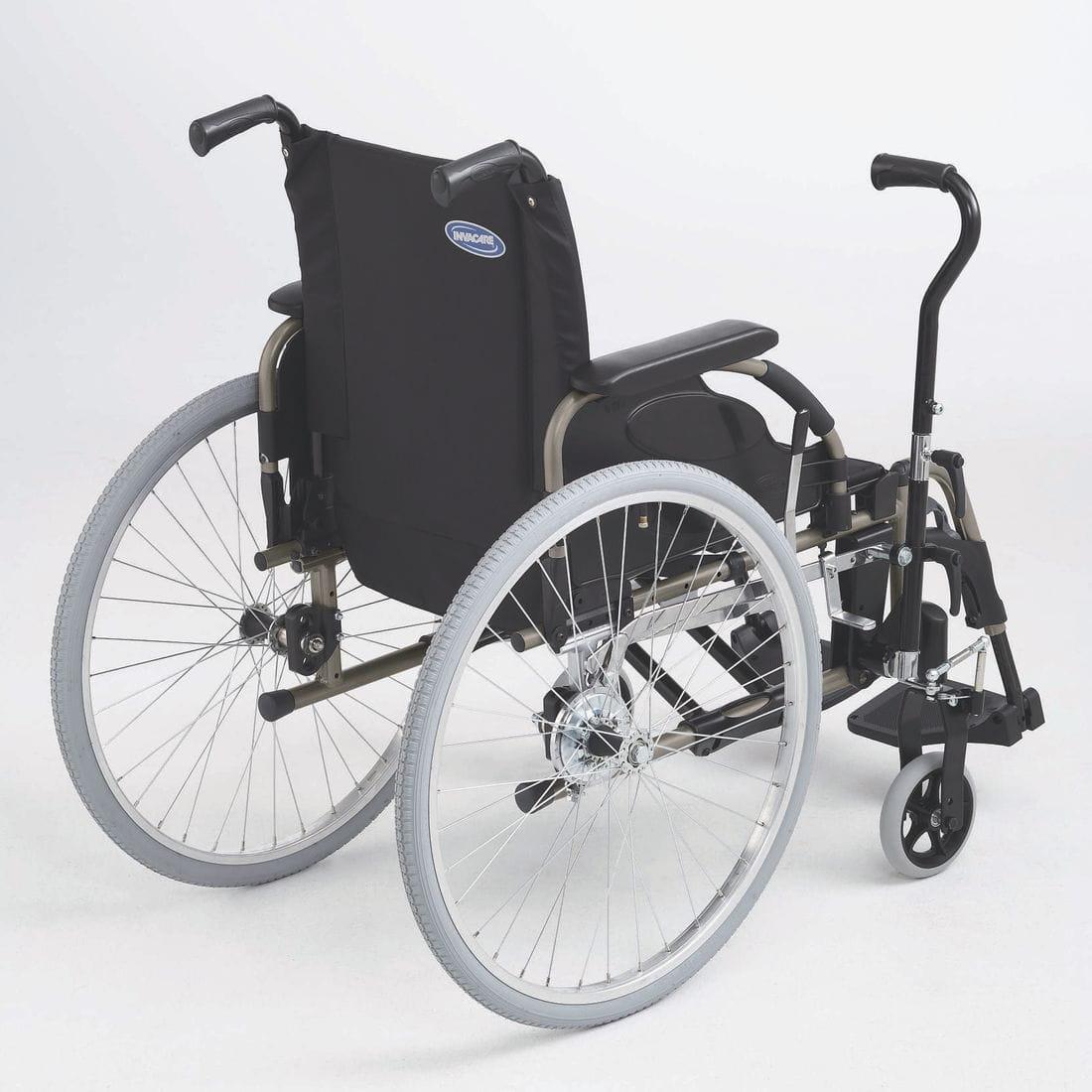Cadira de rodes manual Action 4NG amb palanca conducció lateral