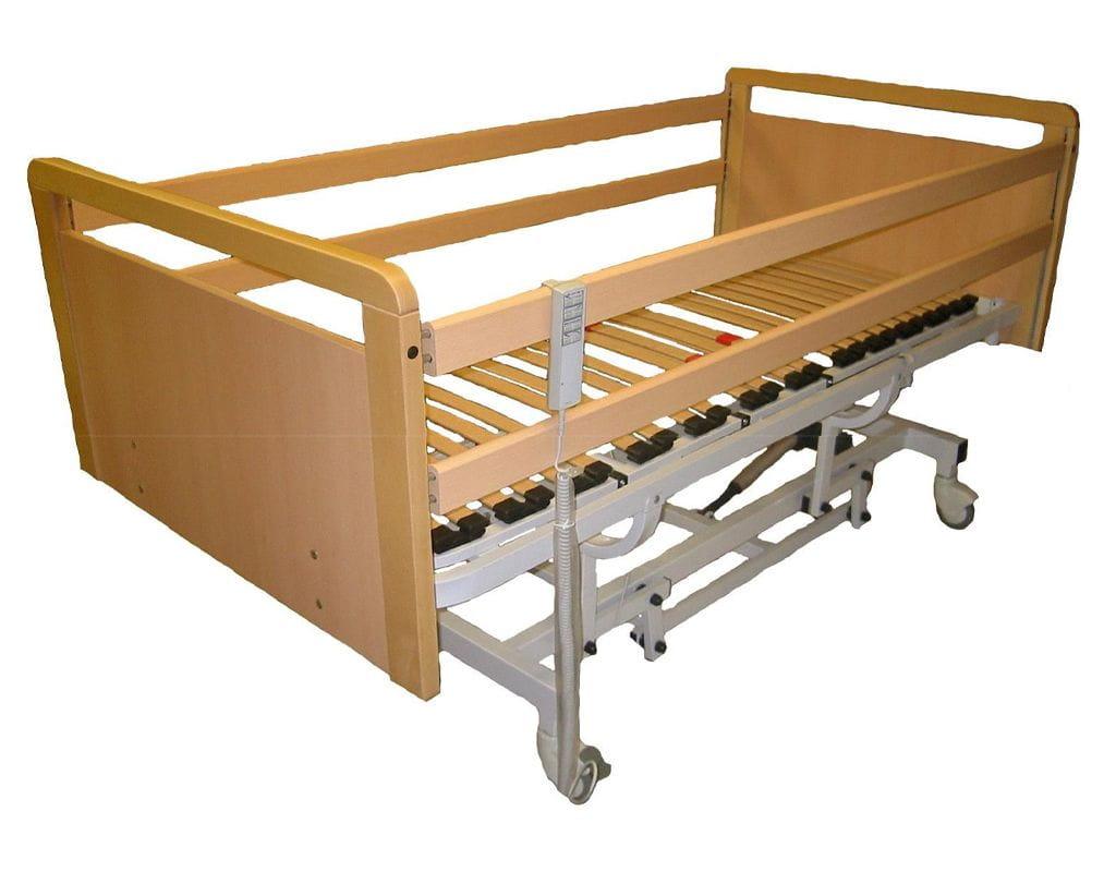 Cama Venus con barandilla de madera y somier motoritzado 4 planos con carro elevador