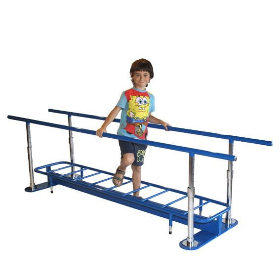 Paralela infantil pista de obstáculos