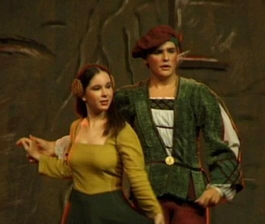 La pareja protagonista del ballet Ninfas de agua