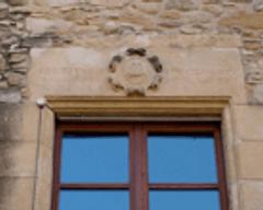 Detall cornisa de finestra