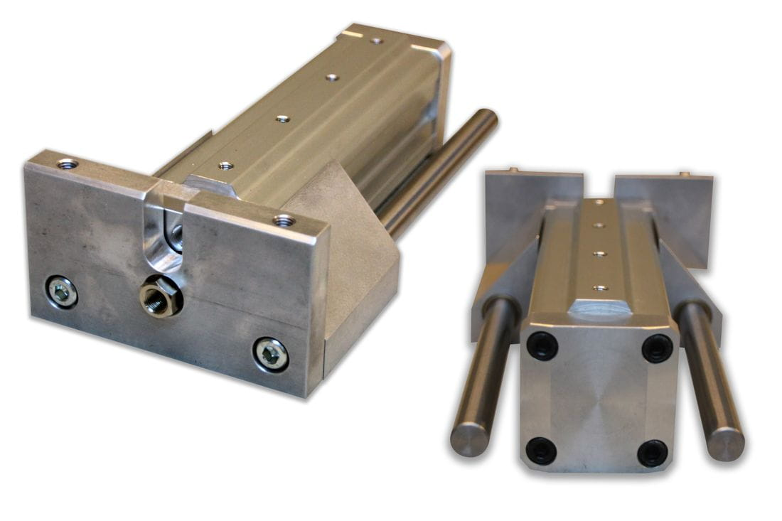 Double-acting pneumatic cylinder