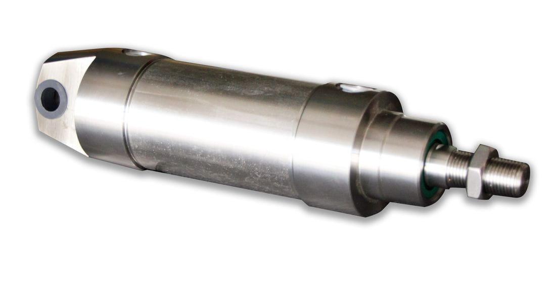 Cilindro neumático doble efecto basculante posterior