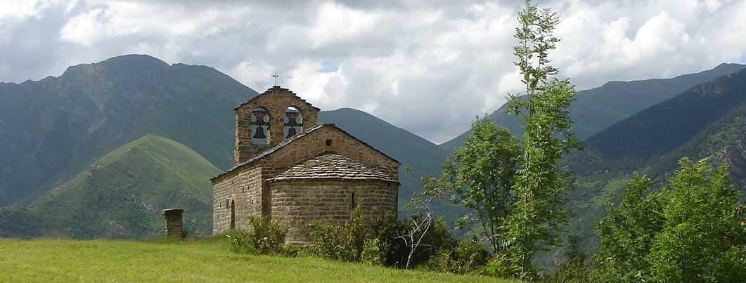 romanesque-pyrenees-sapin-travel.jpg