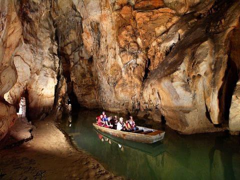 Cueva de Domica