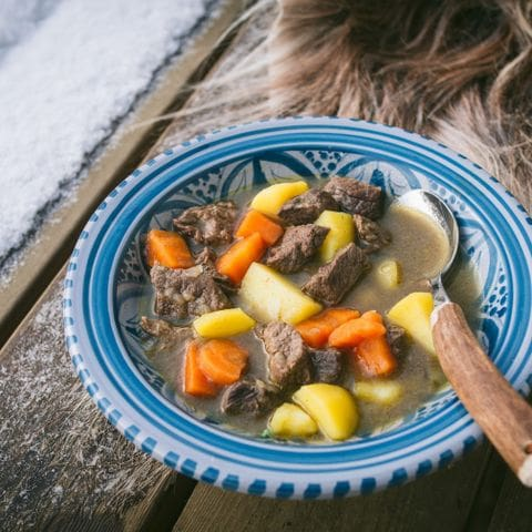Bidos (estofado de reno). Cocina Sami de la Laponia