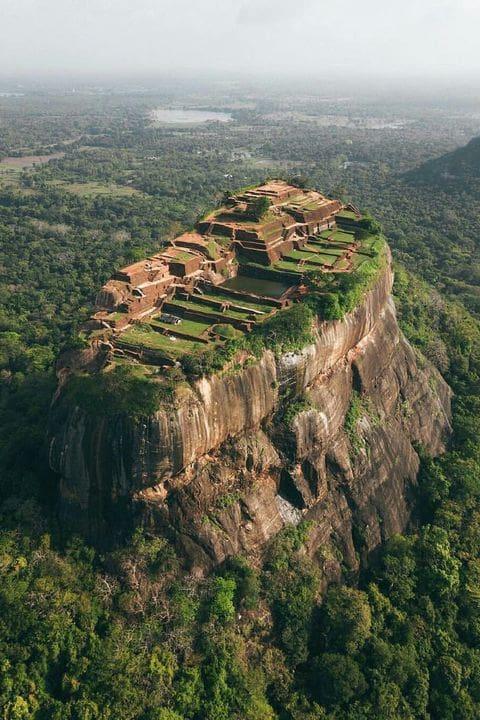 Montaña Sagrada de Sigiriya