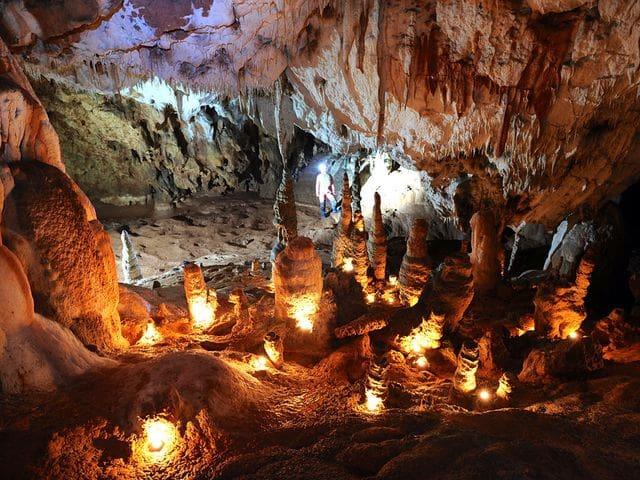 Cuevas de Cioclovina