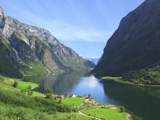Fiordo de Sogner (Noruega)