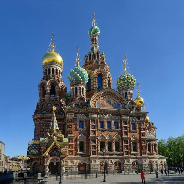 Iglesia de San Salvador sobre la sangre derramada (San Petersburgo)