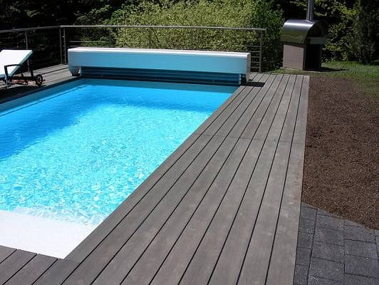 Tarima per a piscina