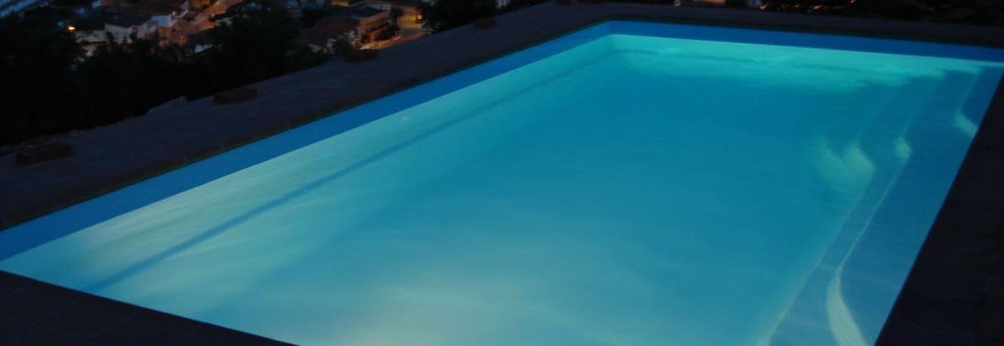 Prat poli ster piscines for Piscine montagny