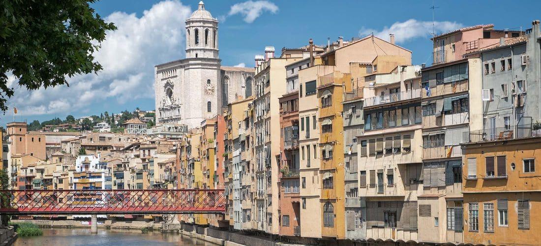 Una ciudad con historia, cultura, rincones preciosos que merece ser recordada por todo aquel que la visita. ¡Personaliza tu bolsa!