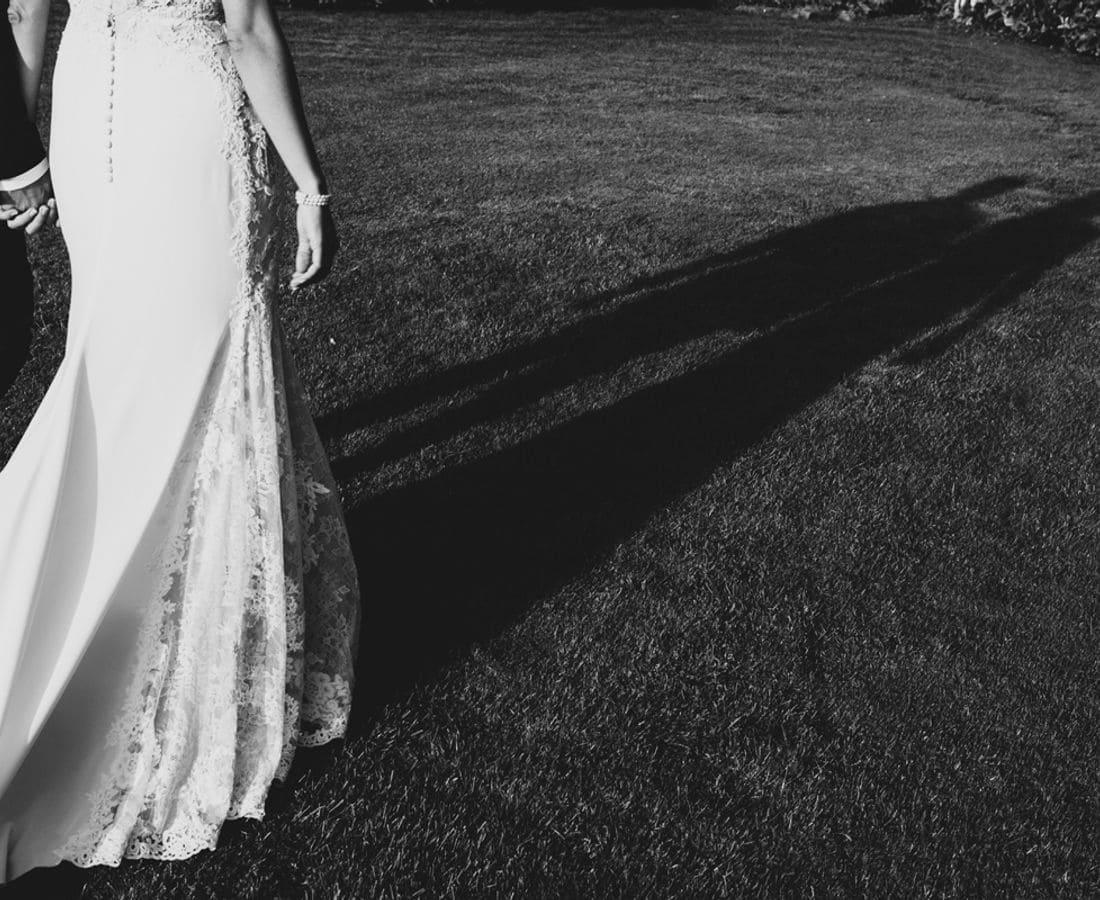 Bodas civiles y celebraciones en el Parque Natural del Montseny.  Una masia única, del s.XV, situada en un lugar privilegiado, en el corazón del Montseny y a los pies del Matagalls. Las magníficas vistas a la montaña y a la exuberante vegetación, con grandes avetos i encinas, son el entorno ideal para celebrar una ceremonia civil, una boda, un coctel o una fiesta.