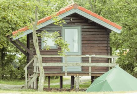 Cabana amb tenda