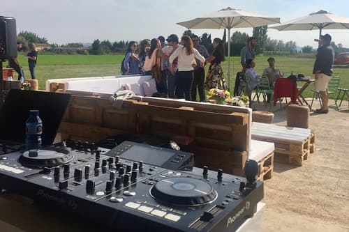 dj-fiestas-by-splendid-events.jpg