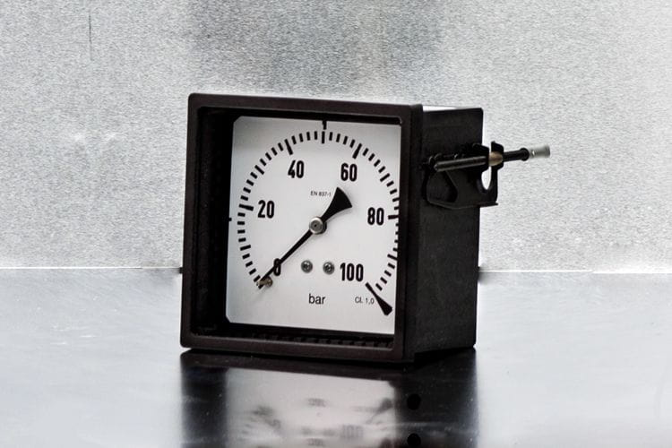 AbCo square cased pressure gauge