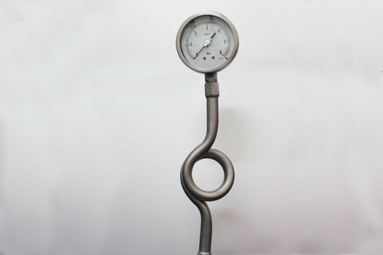 Abco pressure gauge with siphon tube