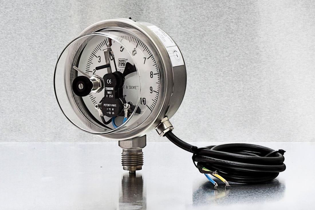 Manómetros con contactos eléctricos