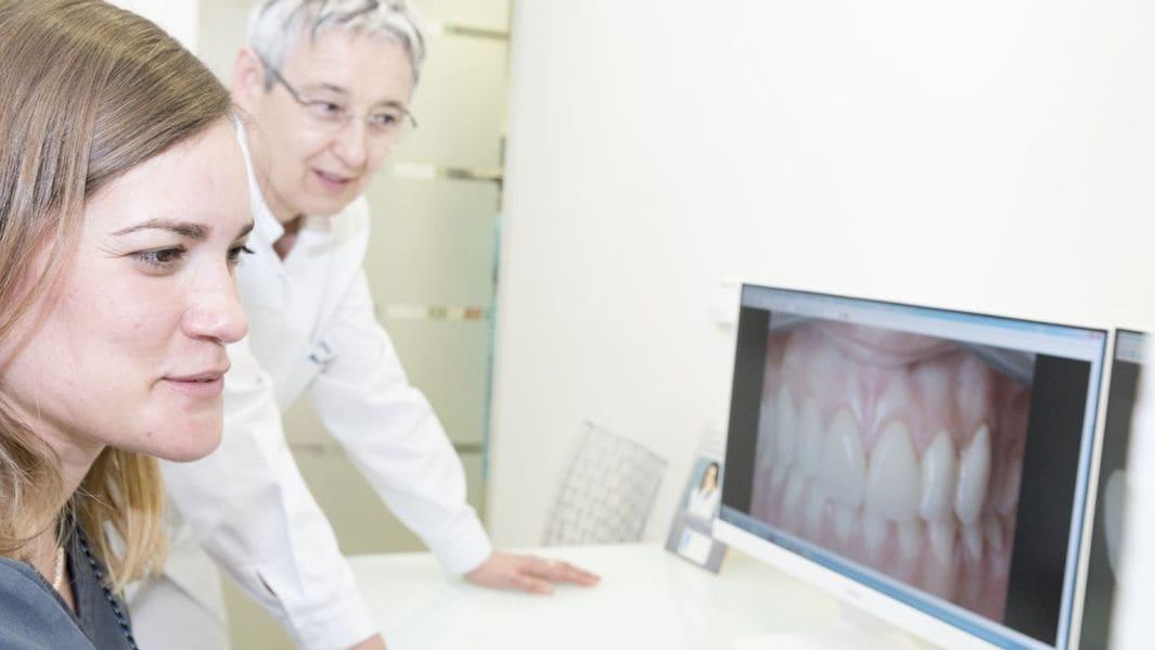 clínica dental a Girona, no som franquícia