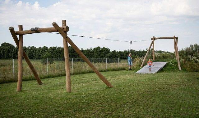 Robínia Tirolina amb Estructura de Troncs de 40 m