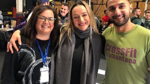 En Jeroni i l'Anna amb la Nat Diez, representant de Crossfit Espanya