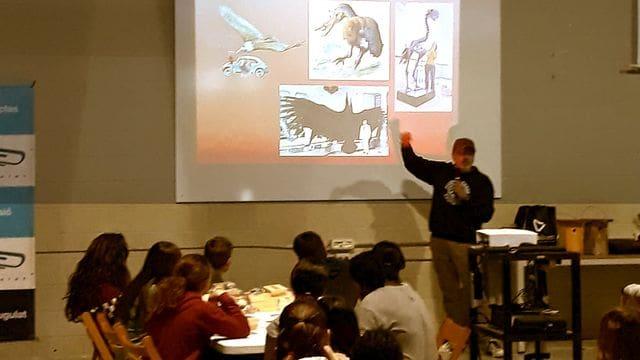Explicant ocells prehistòrics a la canalla, que aprenen que el teratorn era gairebé tan gran com una avioneta CESSNA!