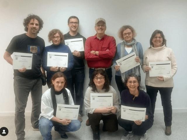 Alumnes amb el diploma del curs sobre la migració dels ocells. Barcelona - Gener 2020.