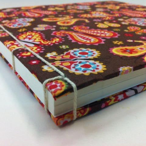 Quadern cosit a la japonesa amb tela
