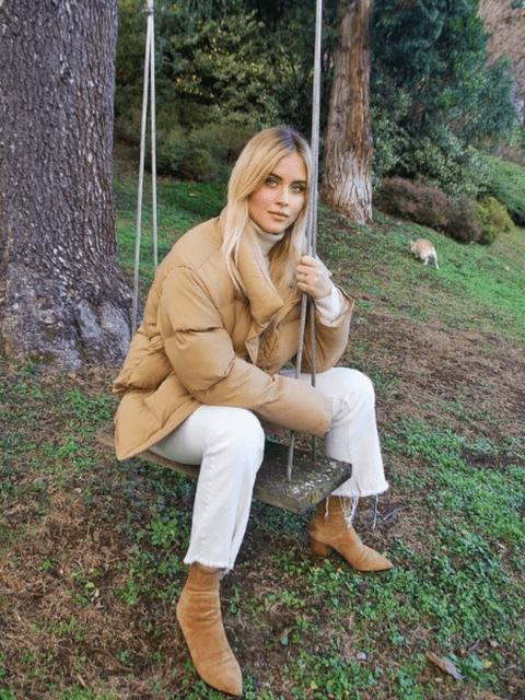 Haz como Valentina Ferragni y combínalo con camel.