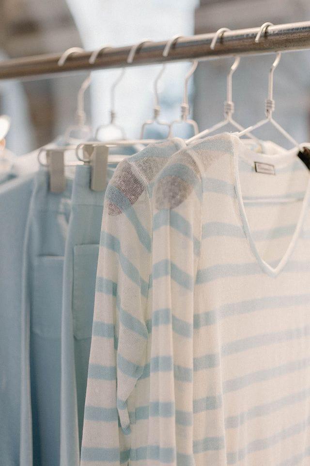 El escaparate de primavera, con los tonos azules claro.