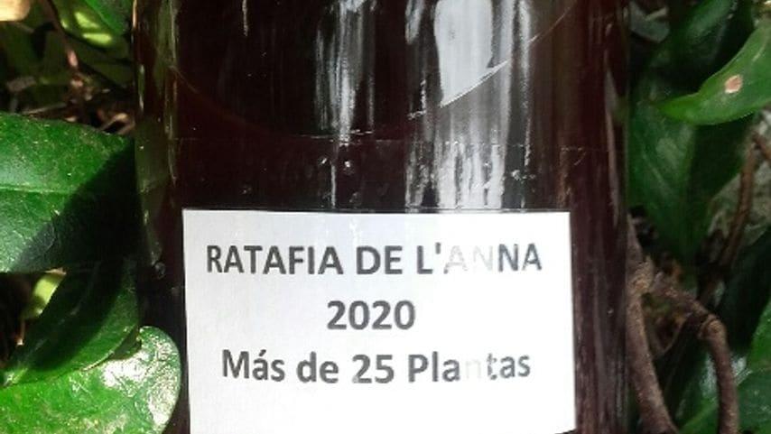 Ratafia ancestral /  Plantas de Sant Joan  .