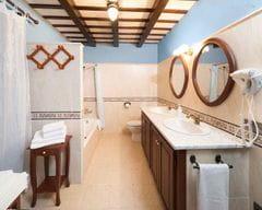 Cal Duc- La Nana- Baño doble con bañera