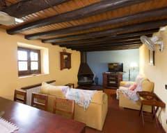 Cal Duc- La Nena- Sala de estar con chimenea