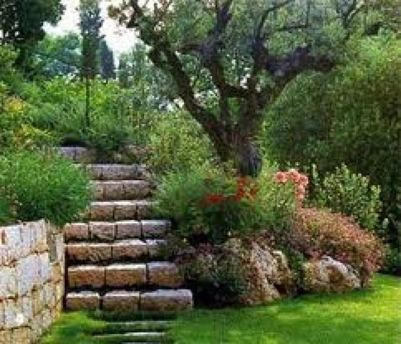 Piedras y rocallas jordi excavaci i transport - Piedra para jardineria ...