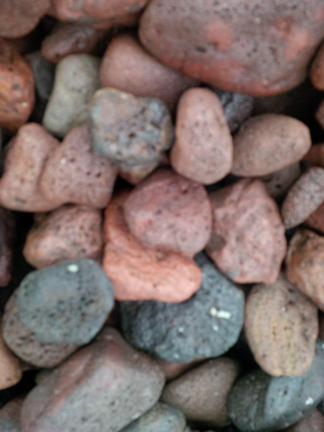 Codol pouzzolane rouge for Gravier decoratif rouge