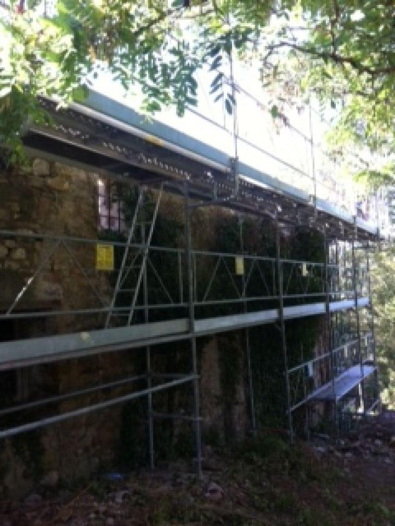 Bastida protecció teulat