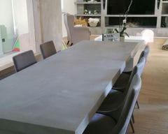 Josep Morella www.placoguix.com - aplicacio microciment taula i moble tv