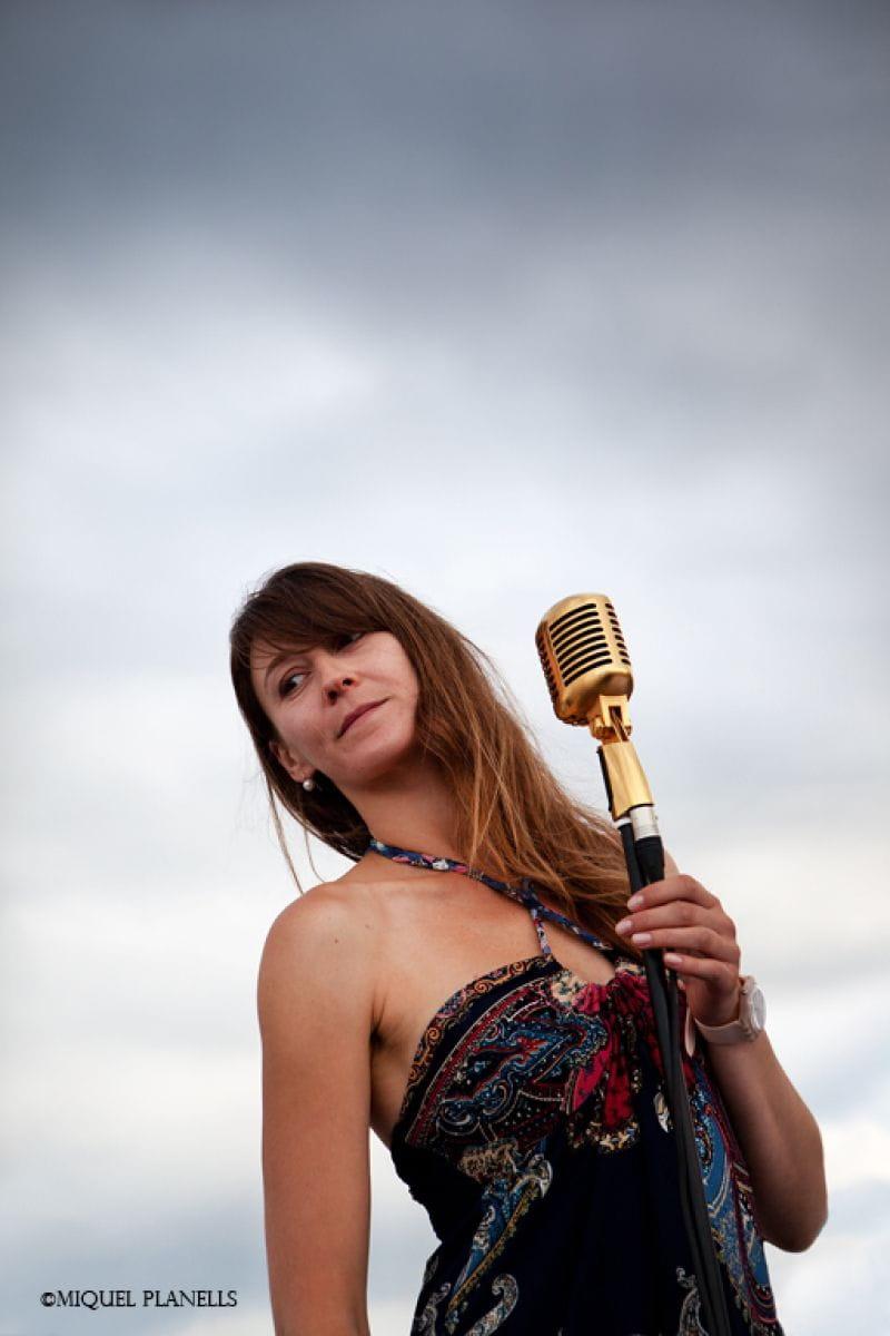 Concert a la Tirona amb la Natàlia Nesterchuck, en Pol Soler i la Montse Padrés