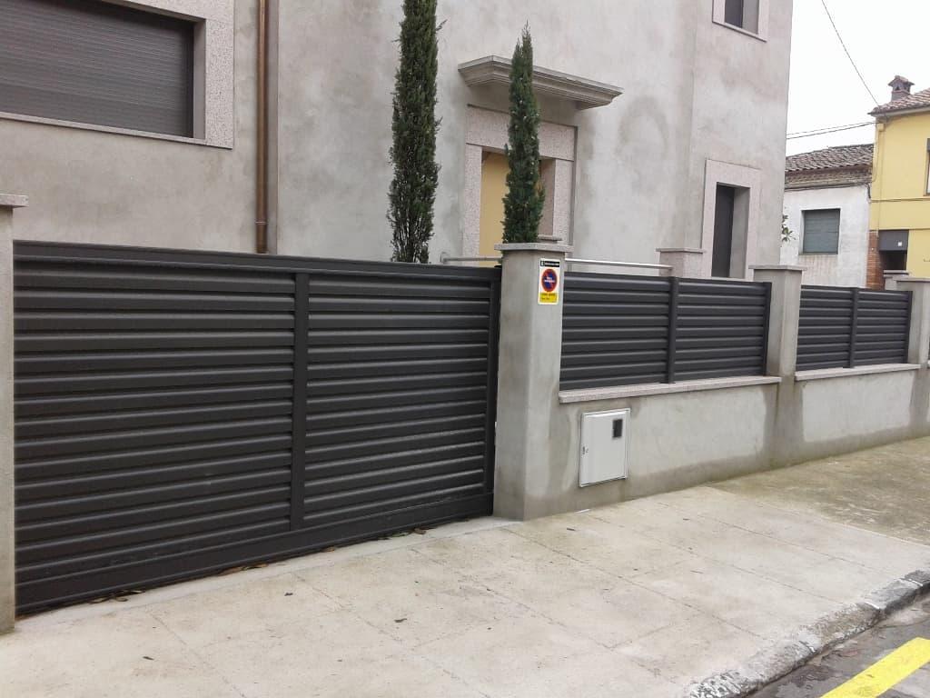 Puertas y vallas de jardin sistemes finestres - Puertas para vallas ...