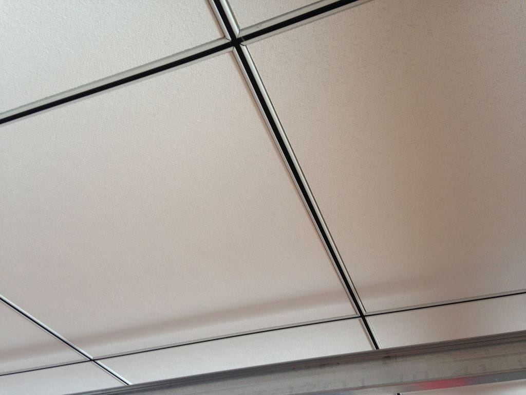 Falso techo desmontable martec 2005 - Falso techo registrable ...