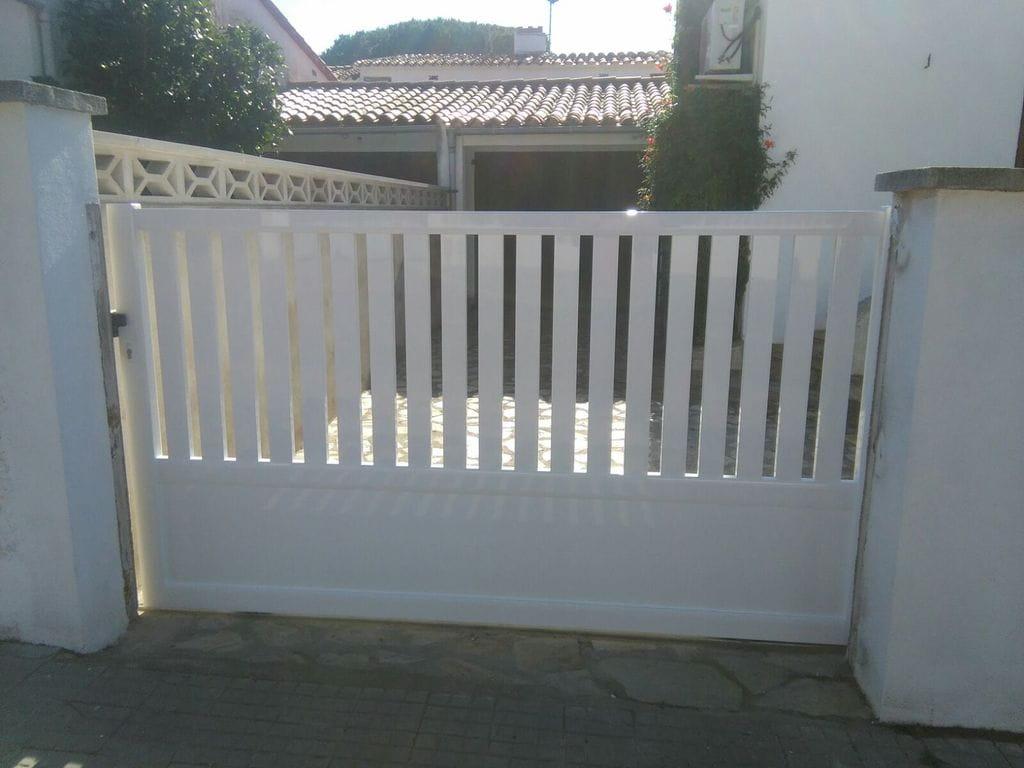Puertas correderas de jardin puertas automaticas - Puertas para jardin ...