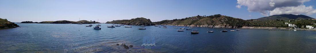 Bahía de Port Lligat