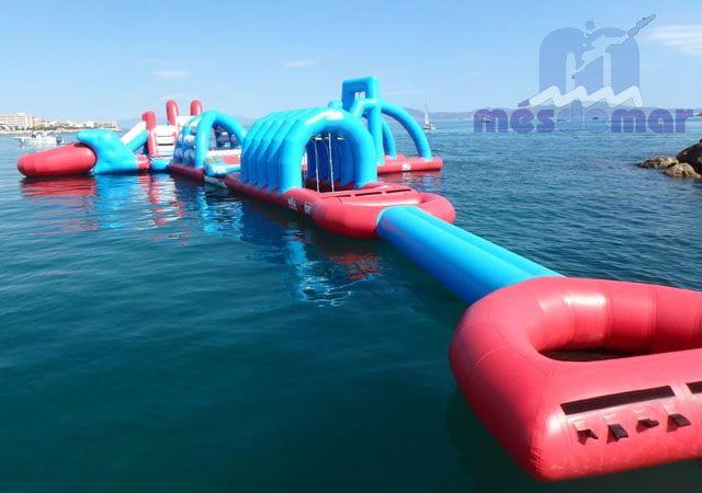 Instal·lació i manteniment de parcs aquàtics inflables