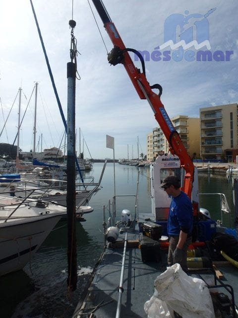 Instal·lació i retirada de postes d'amarrament