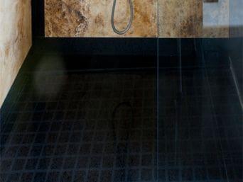 Banys marbres i pedra artificial coll for Plats de dutxa